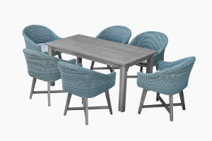 Wicker Outdoor dinning set and wooden table