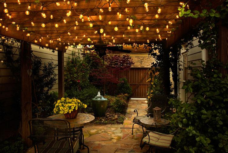 Warm outdoor lightings