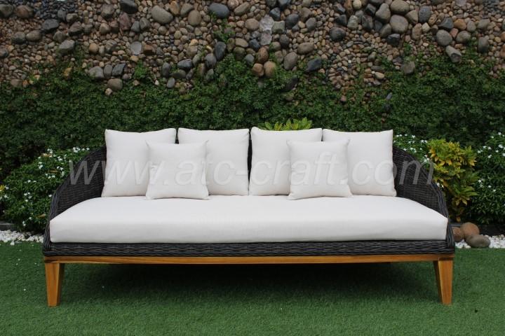 Modern Outdoor Resin Wicker Sofa Set Wooden Legs Rasf 091
