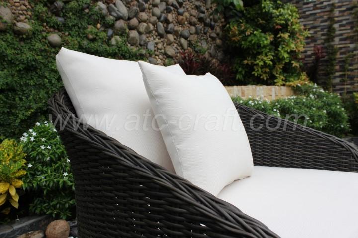 Modern Outdoor Resin Wicker Sofa Set Wooden Legs RASF-091