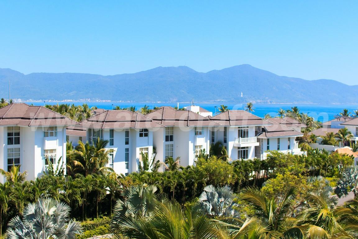 Coastal outdoor furniture for Blue marine resort